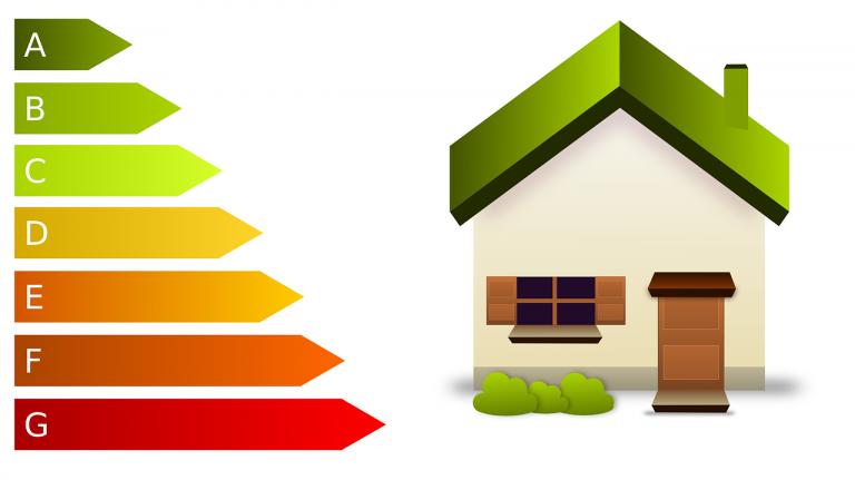Isolation toiture: pouvez-vous ou non vous passer d'un artisan?