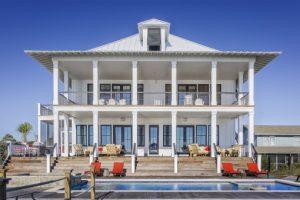 Comment investir dans l'immobilier pour créer de la richesse à long terme ?