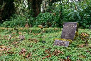 Comment les marqueurs funéraires en bronze sont-ils fabriqués?